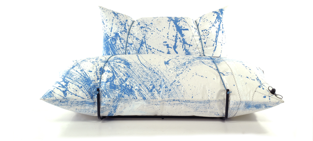 sofa action painting